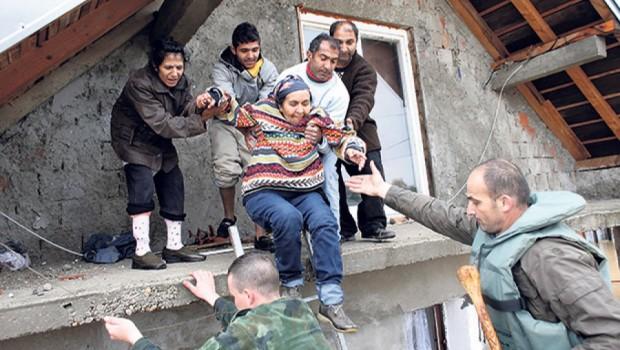 obrenovac-evakuacija-poplava-foto-rojters-1400405904-499355